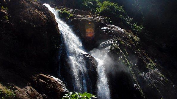 Schwerkraft Wasserfall