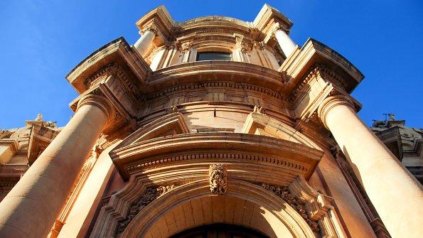 Sizilien Fassaden