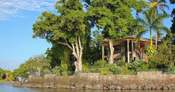 Insel mit Villa