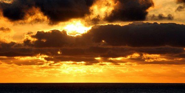 Abend ueber dem Ozean